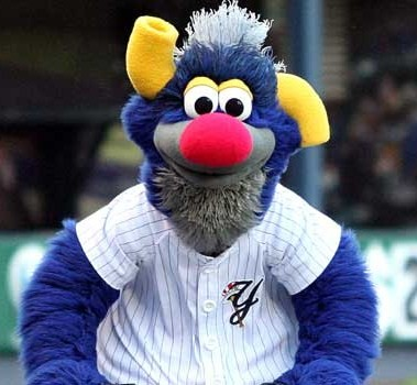 Yankees Mascot Pictures To Pin On Pinterest Pinsdaddy