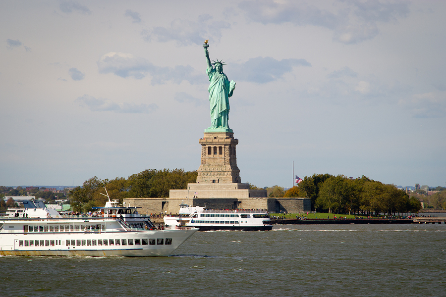 Ferry Ellis Island And Statue Of Liberty