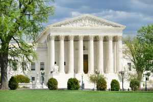 US Supreme Court Allows Title VII Discrimination Lawsuit to Proceed
